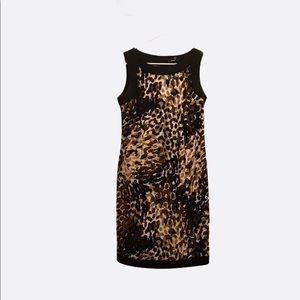 Ronnie Nicole Beautiful Fitted Dress Size 6